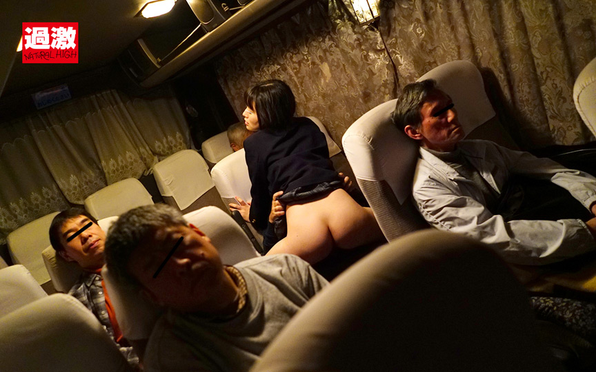 夜行バスでイカされた隙に生ハメされた女 大発情SPサムネイル03