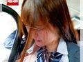 満員バスで制服越しに乳揉み痴漢される巨乳女子○生10のサムネイルエロ画像No.7