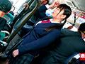 0001 - 【盗撮動画】満員のバス車内で爆乳をさらされる制服ロリ少女のエロス