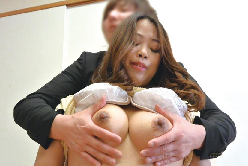 熟女×巨乳×10人 肉厚イカされ交尾180分 画像 1