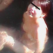 湯船で光る女の玉肌