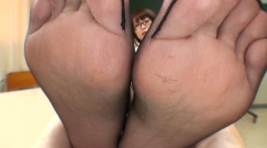 黒スト足裏くすぐり&マッサージ Maika の画像2