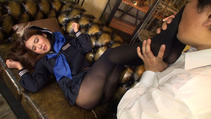 パンティストッキングマニア 女子○生の黒ストッキング 画像 8