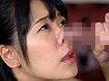 臭いチンカスち○ぽの匂いに興奮し鼻コキする変態女-0
