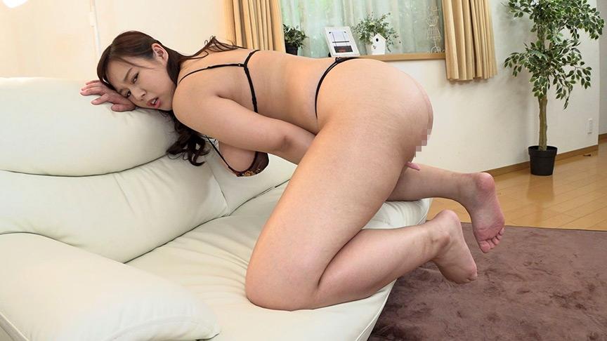 美尻・巨尻美女の激イキ杭打ちピストンディルドオナニー 画像 9