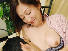 お母さんの授乳
