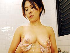 お母さんの入浴2