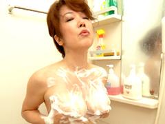 お母さんの入浴7
