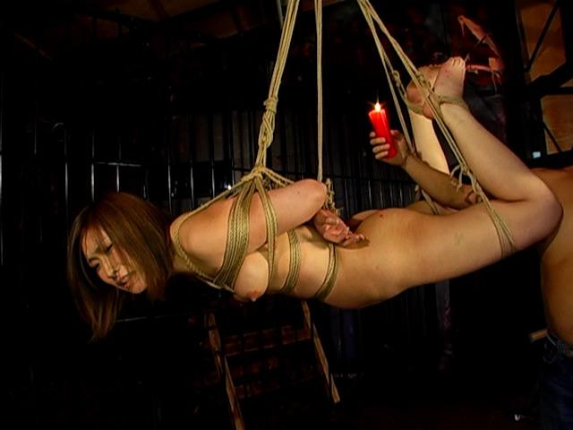 むっちりした巨尻ギャルを野外露出調教で従順な淫穴奴隷に AKI 19才 の画像11