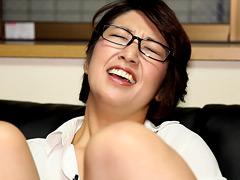 本物の小学○教師 VS 電マインタビュー  無料エロ動画まとめ|H動画ネット
