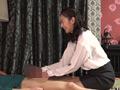 熟女が教える睾丸マッサージ教室に通って一発ヤリたいのサムネイルエロ画像No.2