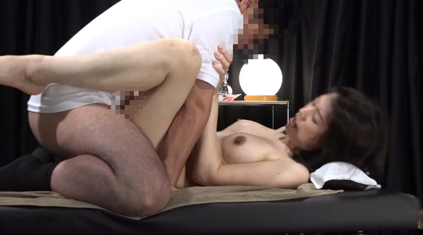 熟女を性感マッサージで心ゆくまでイカせてみた豪華版2【サムネイム10】