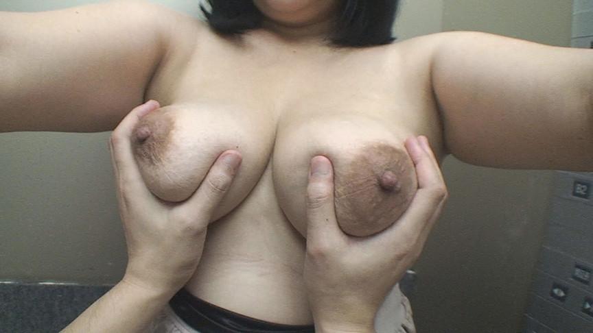 IdolLAB | paradisetv-3726 街角でおっぱいを見せてくれたお人好しな熟女(1)