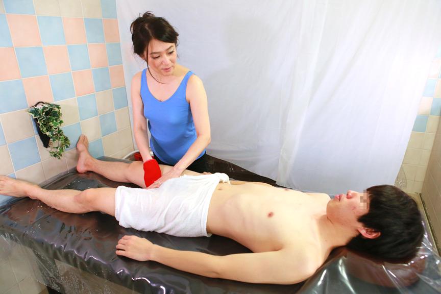 IdolLAB | paradisetv-3991 友達のお母さんはノーブラ巨乳アカスリ嬢 4時間SP