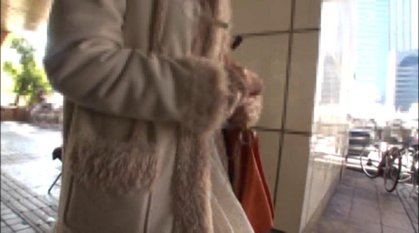 女監督ハルナの素人レズナンパ61のサンプル画像1