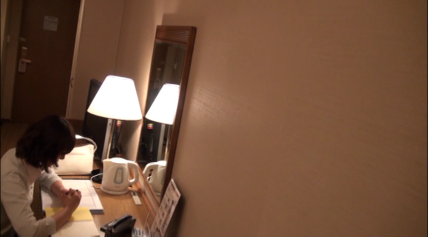 美巨乳OL レズ出張マッサージ4のサンプル画像