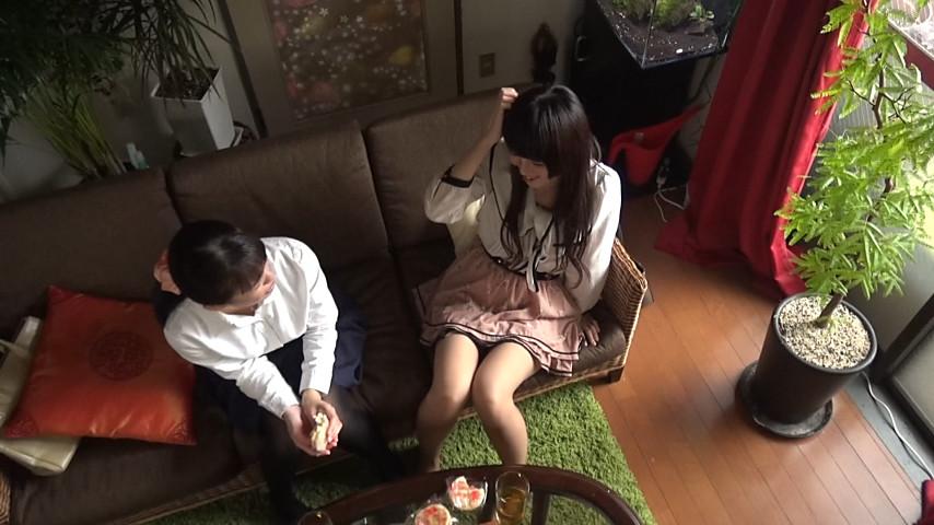 イタズラなキスから始まるラブレズ覗き撮りのサンプル画像