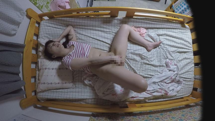 性活を覗く 看護師女子寮オナニー盗撮 画像 10