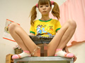 妹はおしっこロリ人形サムネイル4
