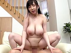 おっぱい:成宮みことの爆乳劇場 Icup!95cm