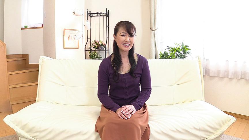 7年ぶりのセックスに悶絶する五十路妻 松下さん 54歳サムネイム01