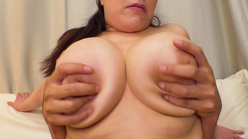 Iカップ以上のお乳がぶるぶる!爆乳熟女のセックス11人