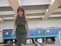 プールクラブのリモバイ恥女3のサムネイルエロ画像No.3