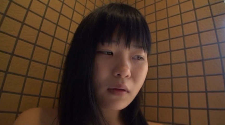 露出開花 愛代さやか 幼稚な顔してボインな女のサンプル画像6