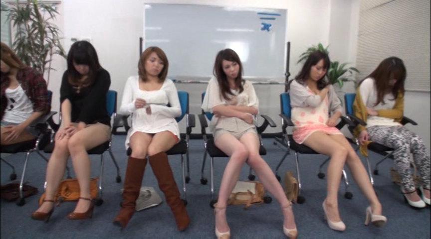集団催眠 一般女性6名に催眠術をかけたら… 画像 3