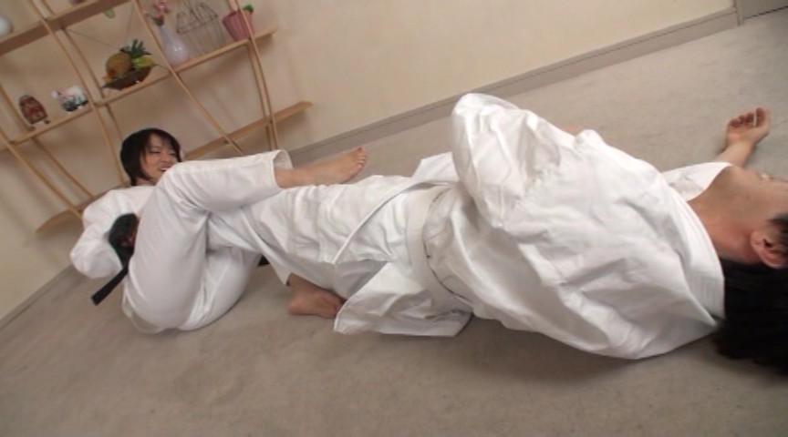 驚愕!!寝技のスペシャリストのサンプル画像
