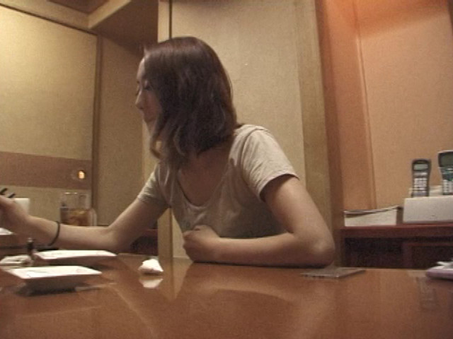 AV卒業!結城リナの素顔 完全自画撮り一週間のサンプル画像