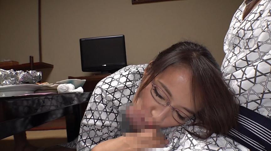 巨乳人妻上司と出張、温泉に泊まったらとんでもないガチンコ女でした。 真木今日子