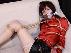 藤森沙夜 -緊縛された女性記者- 全篇