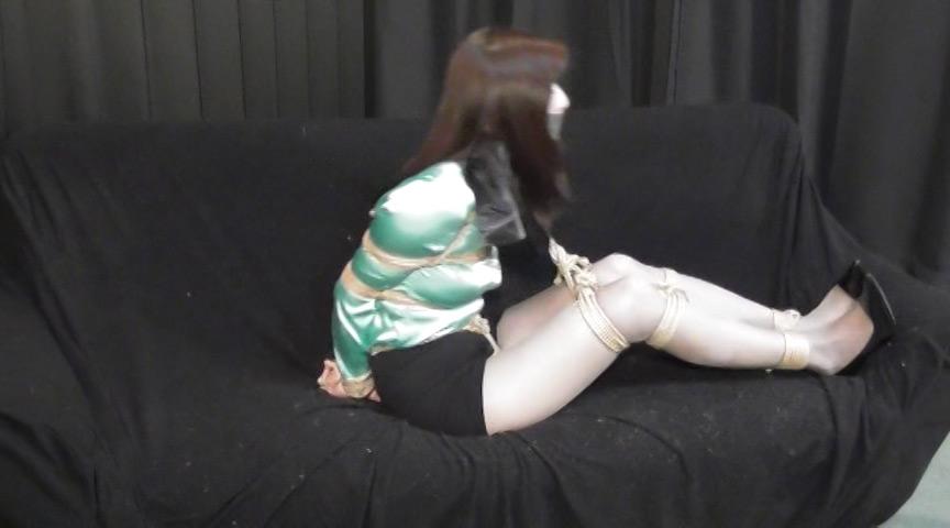 白石愛未 -囚われの美人秘書- 全篇 の画像8