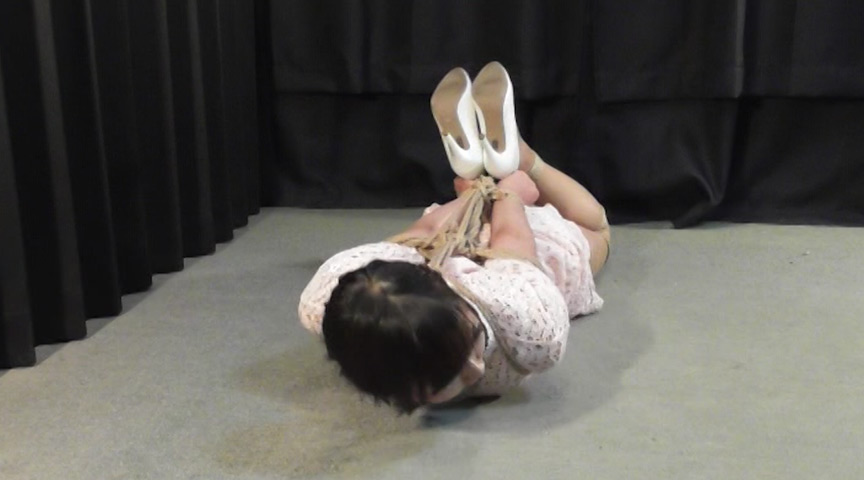 中川鞠菜 -探偵小説好きのお嬢様が危機に陥った- 全篇 の画像4