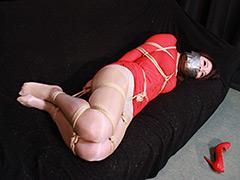 【諏訪りな動画】諏訪りな--拐かされた赤い服の女--全篇-SM