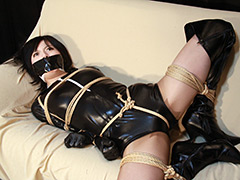 木崎未晴 -危機に陥った女戦士- 全篇