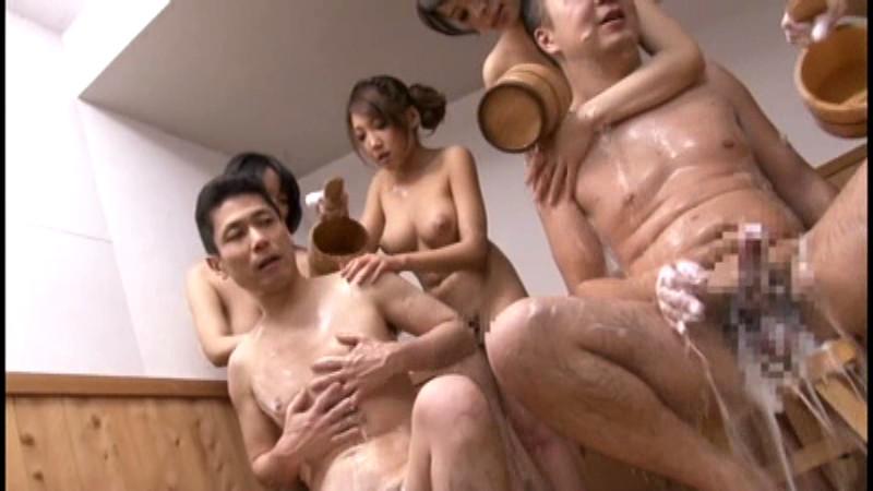 巨乳混浴コンパニオン3
