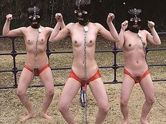 全裸奴隷少女野外調教