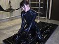 Rubber Suit Lovers~ラバーペットを飼う女~のサムネイルエロ画像No.9