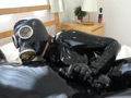 Rubber Suit Lovers~gas mask anal rubber sex~のサムネイルエロ画像No.3