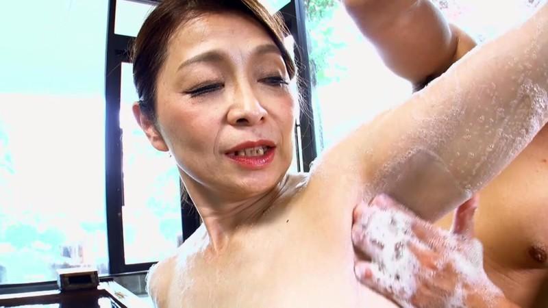 母子交尾 【日光明峰路】 遠田恵未 画像 4