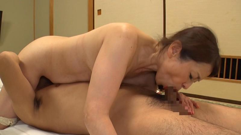 母子交尾 【日光明峰路】 遠田恵未 画像 15