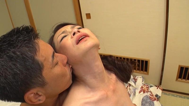 母子交尾 【日光明峰路】 遠田恵未 画像 16
