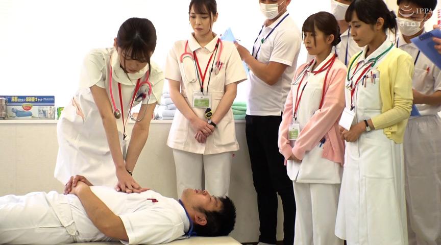 羞恥!生徒同士が男女とも全裸献体になって実技指導を行う質の高い授業を実施する看護学校実習2021 救急救命処置実習~清拭 陰部洗浄実習 1枚目