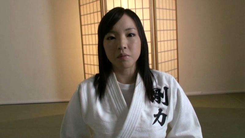 本物美少女柔道家、ナマ中出し15連発をかけたレイプ死合