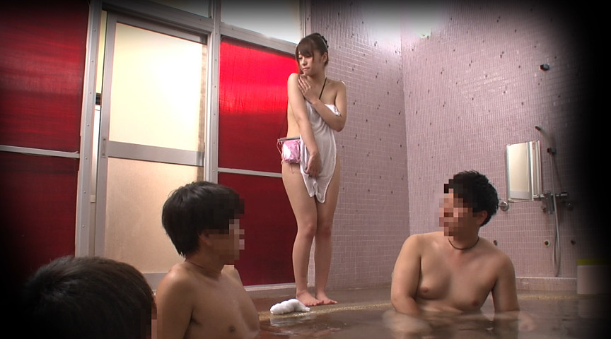 羞恥!巨乳限定!強制混浴露天風呂