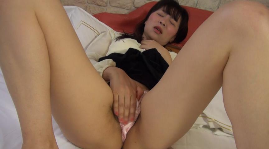 ムッチリデカ尻熟女のパンチラ誘惑 の画像9