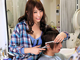 おっぱいを顔に押しつけてくる美人美容師は欲求不満!