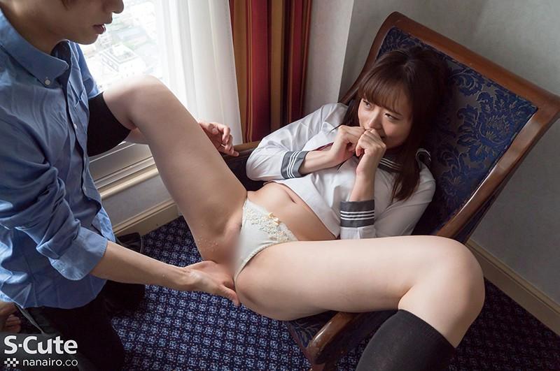 制服美少女の校則違反 画像 17
